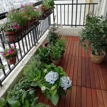 防腐木阳台装修