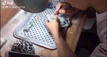 翡翠观音人物雕刻工作室