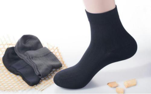 透气舒适的袜子