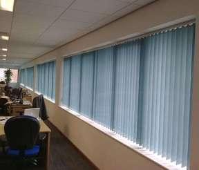 办公室通用色垂直帘