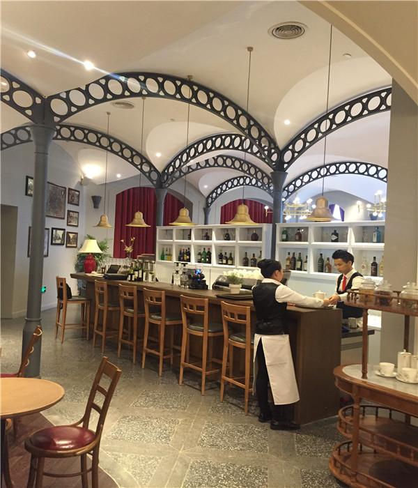 苏州诚品书店法国巴黎红