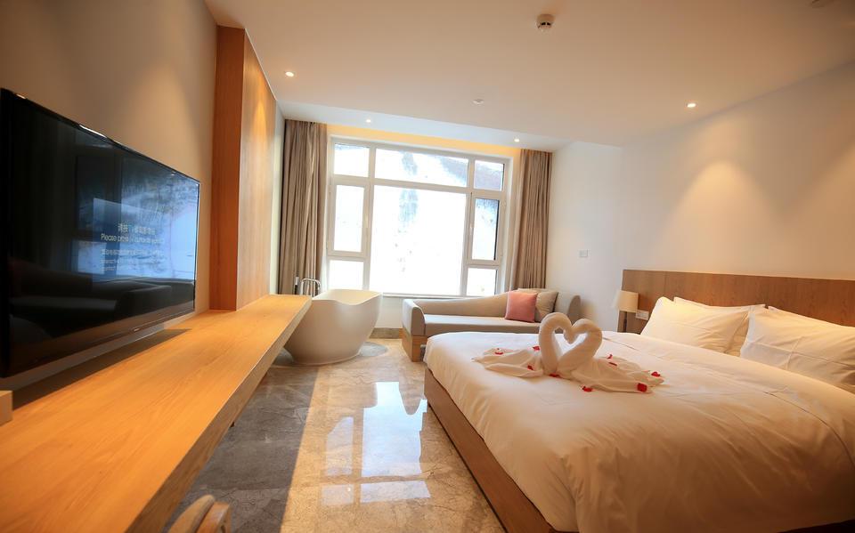 万龙龙宫—景观大床房