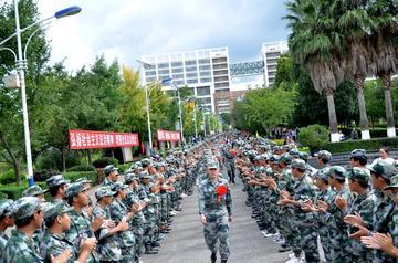 参军热度不减,解析这所学校大学生征兵工作模式 ——专访云南工程职业学院武装部副部长任晓迪