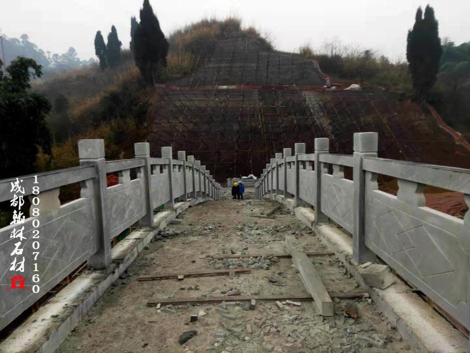 保证做工品质的拱桥栏杆四川厂