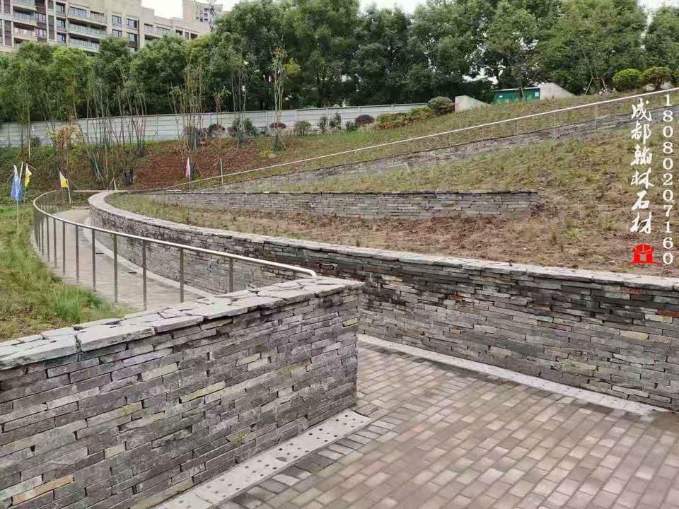 四川青石板碎拼挡墙生产厂家