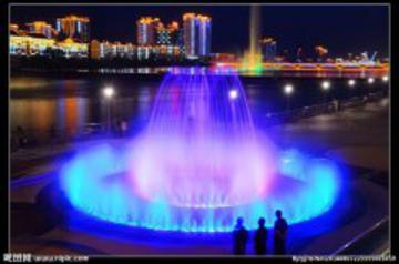 选择具有独立的喷泉设计团队的公司