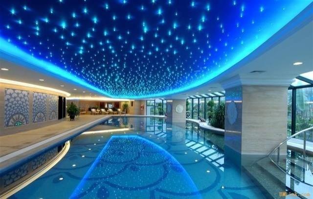 游泳池星空顶