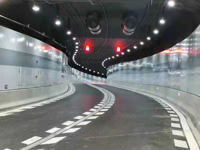民警实测黄浦江新建隧道。 本文图片均为来自杨浦公安