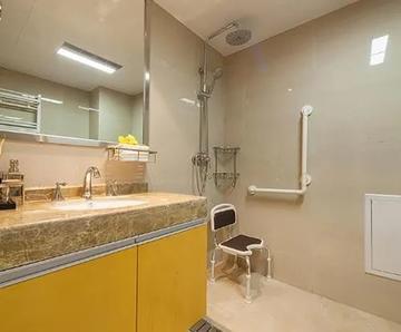 日本人这么喜欢装的浴室凳到底有什么来头?