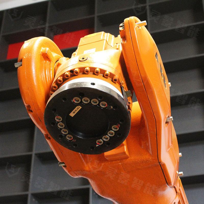 ABB 6640-130/3.2,超精品展机,高精度,长臂展,码垛、搬运实用机型