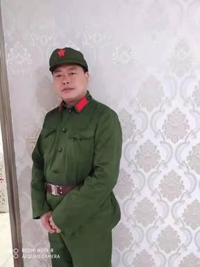总顾问梅明青