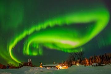 """地球上最伟大的""""灯光秀""""——北极光神秘起源被证实-中国照明网"""