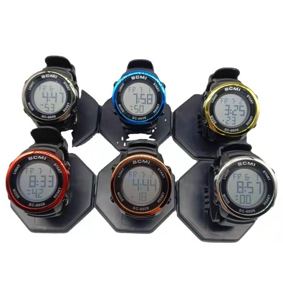 435-3Electronic watch