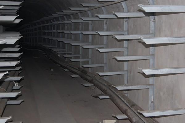 地铁电缆支架