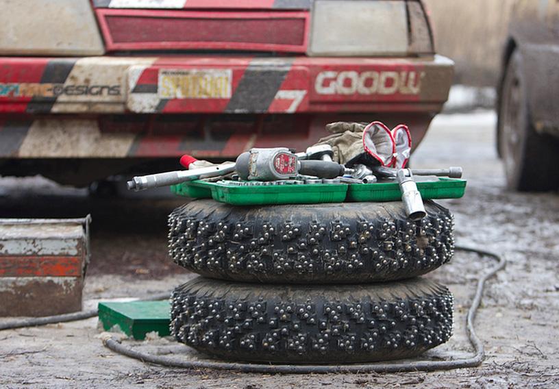 汽车轮胎689