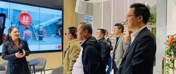 顺辉岩板苏州店正式亮相,苏州装饰商会协会等领导莅临顺辉瓷砖参观指导!